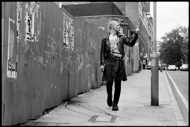 Yan Morvan, série Anarchie au Royaume-Uni © Yan Morvan courtesy galerie Sit Down