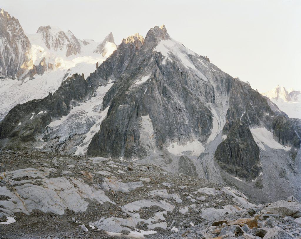 Aurore Bagarry, Glacier du Capucin, vue sur le glacier du Mont Malet Glaciers II, 2016, Galerie Sit Down