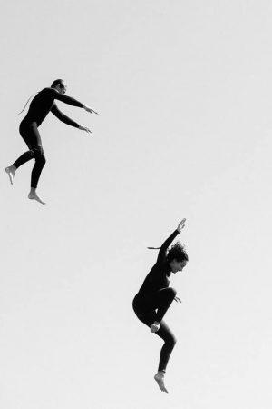 Rocher du Goudoul #14, 2020 Tirage pigmentaire sur papier Hahnemühle Rag contrecollé sur aluminium, encadrement caisse américaine blanc mat Dim. tirage : 36 x 24 cm Dim. cadre : 39 x 27 cm Edition de 7 exemplaires + 2 épreuves d'artiste Signé, daté et numéroté au dos du cadre ©Gilles Coulon  courtesy galerie Sit Down