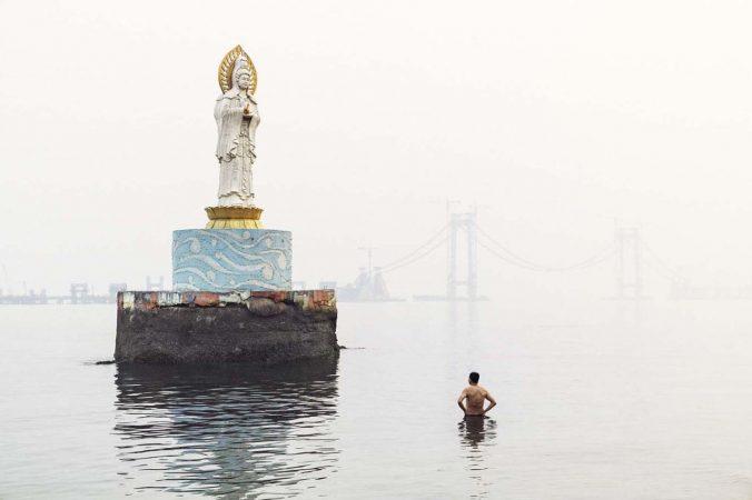 Catherine Henriette, conte d'été, Guan yin, la déesse de la mer, 2014 galerie Sit Down