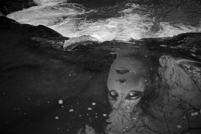 """Série """"Les inconnues de la scène"""", Sans titre 4 © Marie Maurel de Maillé courtesy galerie Sit Down"""