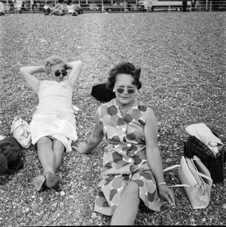 Série Mères, filles, soeurs © Tom Wood courtesy galerie Sit Down