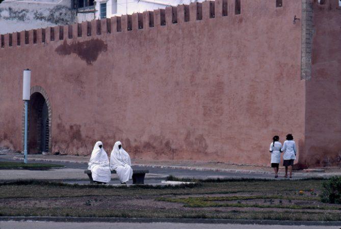 Essaouira, 1983 Sensibilité 64 ASA, le Maroc - Sacha Van Dorssen - galerie Sit Down